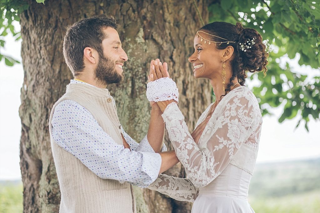 Hand fasting wedding ceremony