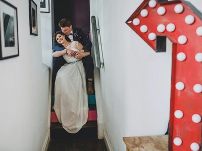 The Globe at Hay on Wye Wedding Photography : Vintage Wedding - Hannah & Gareth